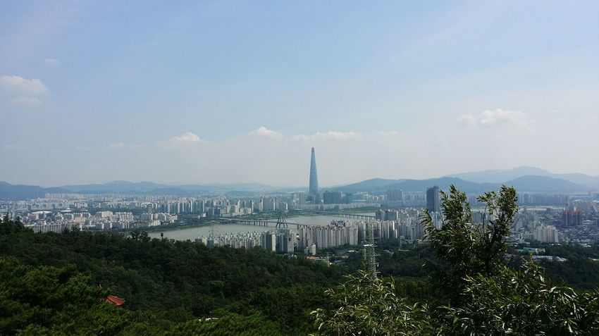 Cityscapes Clouds And Sky Building Building Exterior Lotteworld Tower Moutains Han River Bridge