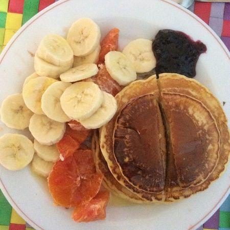 La colazione dei campioni!!! Dal punto di vista ormonale... Non vi dico che provoca questa colazione... 😱😱😱😆😆😆😆 🍩🍮🍯🍊🍌🍇 Pancake Pancakes Pancake Pancakeday breakfast yummy foodporn instafood food healthy delicious sweet foodie healthyeating nutella morning instalove instagood homemade 😏✌️