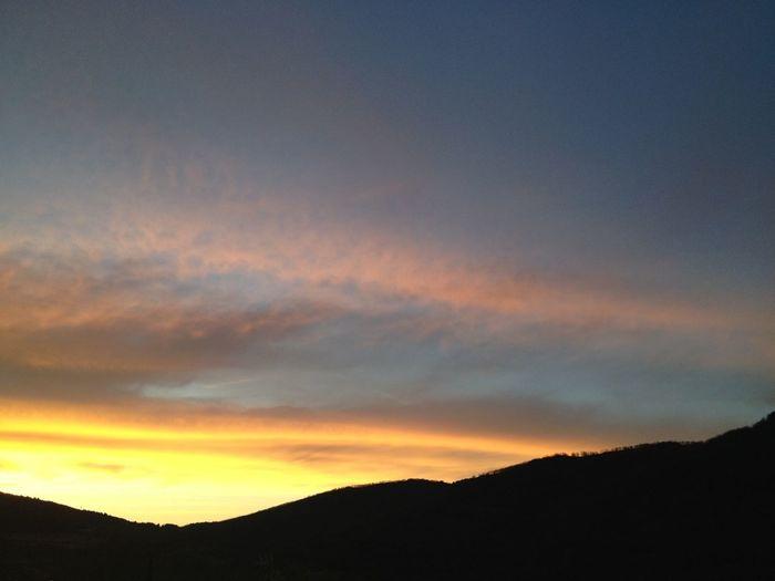 Perfil Del Lunes #amanecer #sunrise #cercedilla