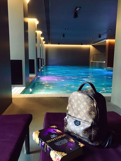 Luxury Hotel Fashion Modern Swimming Pool Indoors  Luxury Book Swimming Swimming Time Swimmingpool Hotel Water Louis Vuitton Shantaram Pool Time Pool Pooltime Spa Day  Spa Time Spa Center Spa Resort Spa Treatment Spa Pool Pool Hall