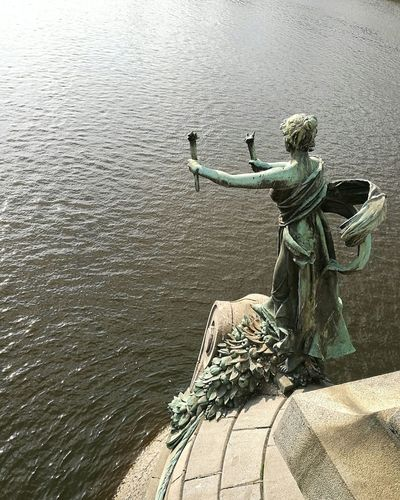 Statue Water Power Iloveprague Praha