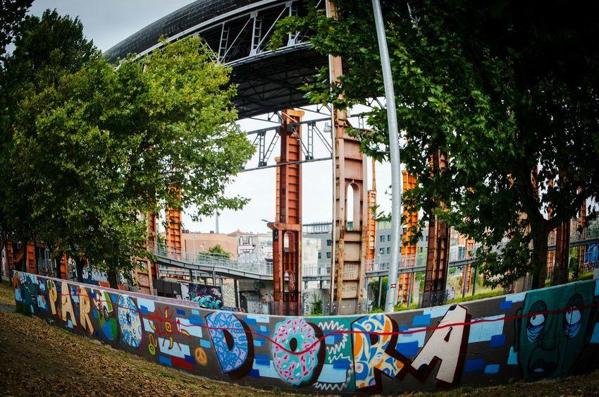 Parco Dora Streetphotography Street Fashion Street Art Italia Turin Torino Italy Art Crazy Tag Writer Mural Art