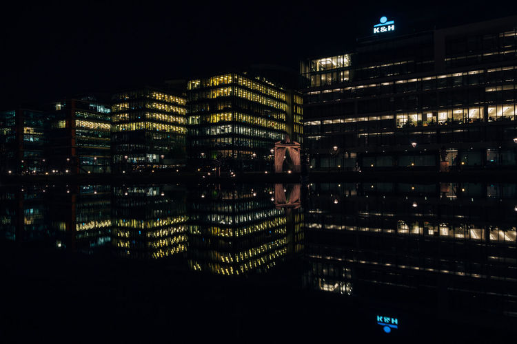 Architecture Building Exterior Business Finance And Industry City Cityscape Illuminated Night No People Outdoors Skyscraper EyeEmNewHere VSCO Vscogood Architecture_collection Architectural Feature The Architect - 2018 EyeEm Awards