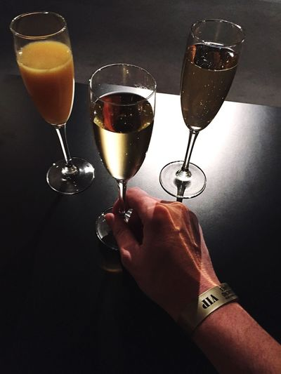 Vip and Bubbles / Champagne Decadence