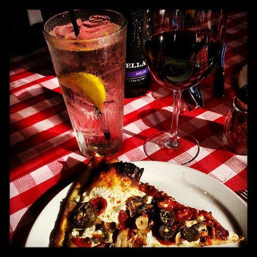 Pizza Wine Grimaldis Yum merlot stella @grimaldis