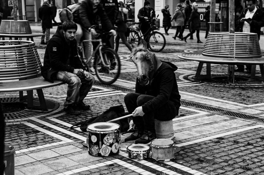 Music is a pice of art that goes in the ears straight to the heart Lifestyles Frankfurt Am Main Canonphotography Photography