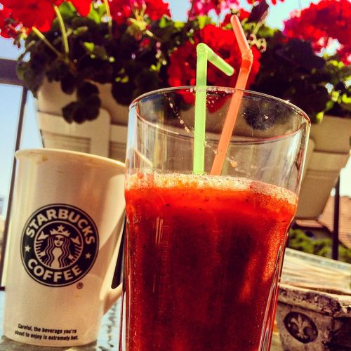 Relaxing Coffee And Sweets Smoothie SaturdayChill Saturday Chillin' Chill Coffee ☕ Coffee At Home Strawberry Ginger Apples Summer Summer ☀ Summertime Budapest Zugló Colors Balcony Happiness