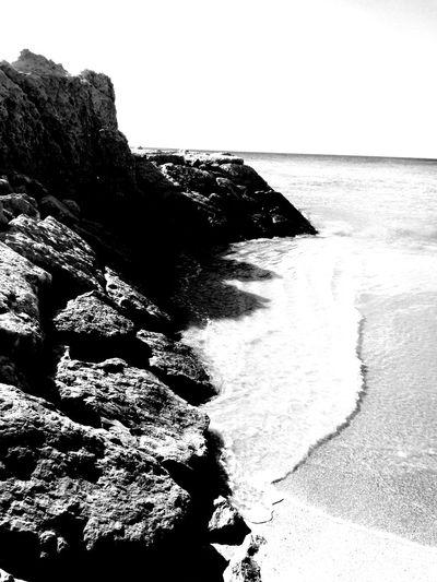 beautiful day #beautiful #blackandwhite #EyeEm #photography EyeEm Selects Blackandwhite Photography LoveBW Portugal Love Bw_addicted Bw_captures Bw_beautiful Bw_details Bw_art Art #travel #streetphotography Sea Life Shore Coral Reef