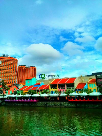 full of colours.. what's your colour? ? Eye4photography  EyeEm Best Shots Riverside Unicolor