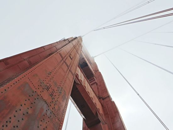 Golden Gate Bridge contrapicado City Business Finance And Industry Sky Architecture Built Structure