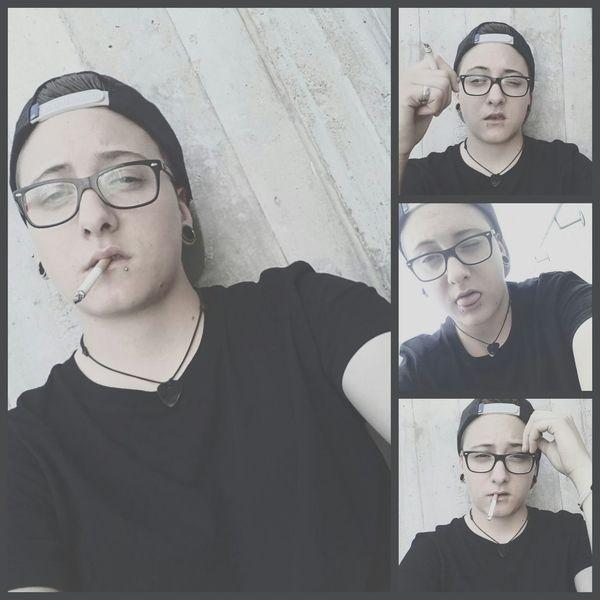 Lesbian Snakebites Lobes Plugs Zigaret Metalhead Streetlife