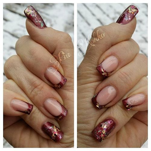 Nailart  Uvgel Mosaicnailsystems Passionfornails Bordeaux Goldenfoilflakes Blingbling Transferfoil Opalswirl