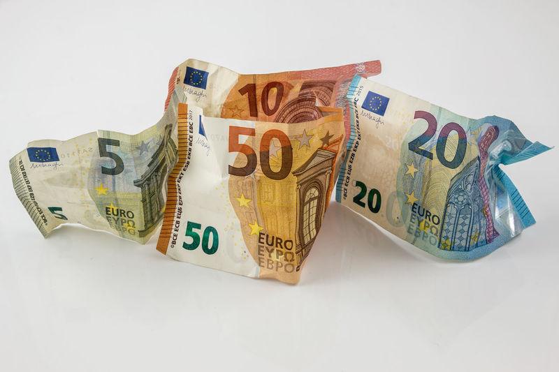Euro banknotes and white background Banknotes Billstedt Rich Worthing Worthy Banknote Billiards Finance Financial Geld Invest Investing Investment Money Mächtig Power Line  Reichtum Valuevillage Wealthy Lifestyle Wealthy Living