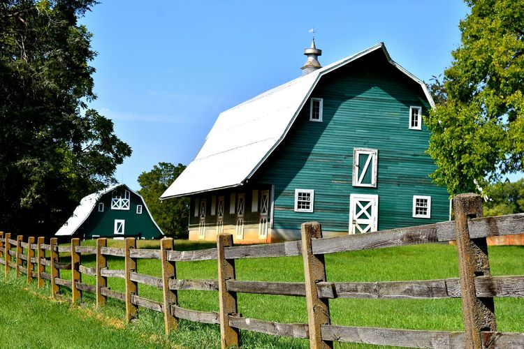 Farm Travel Travel Photography Architecture Building Exterior Built Structure Day Farm Barn Farm Barns Farm Building Farm Buildings Field Grass Green Color No People Outdoors Photographer Photography Travel Destinations Wood - Material