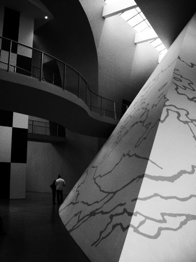 Inside the museum. Architecture Black And White Blackandwhite Built Structure Comic Comics Day Hanging Walkways Illuminated Indoors  Modern Modern Architecture Modern Building No People Piramide Light And Shadow