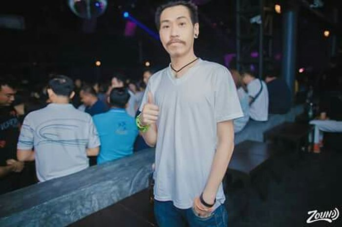 Zound concert Greasy cafe' Night Out Drinks Relaxing Time Enjoying Life That's Me Lif£Style Free Time