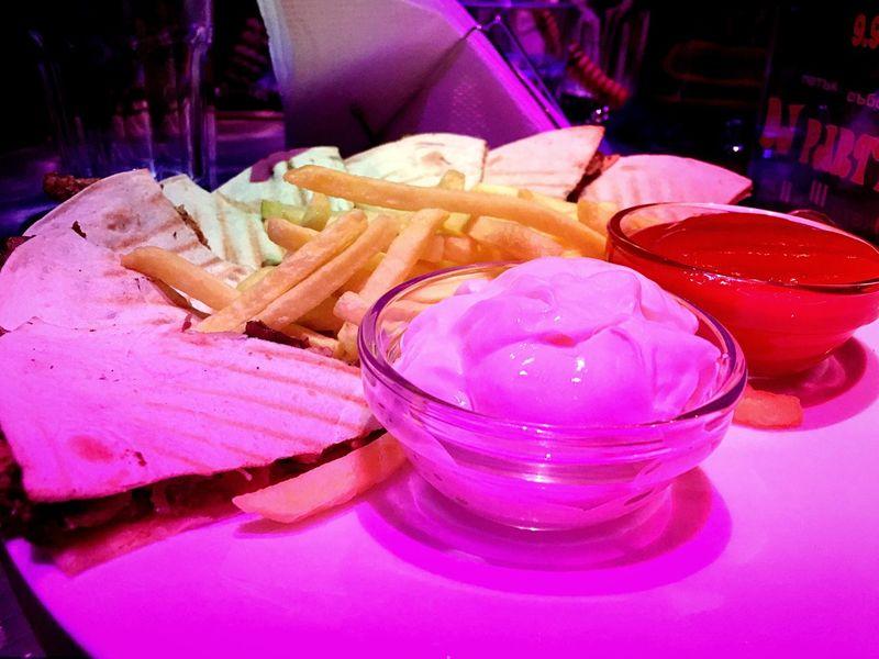 Shawarma Arabian Arabic Food Yummy لذيذ شاورما عرب_فوتو مصورين_فوتوغرافيين السعوديه جده Sofia, Bulgaria Sofia Bulgaria Happiness Behappy Poor  Photography