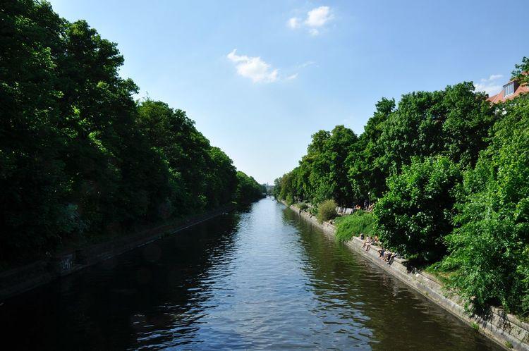 GERMANY🇩🇪DEUTSCHERLAND@ 2013 May Kreuzberg River Spree Roadside Tree Sky Green Water