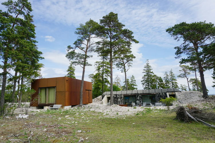 Summer houses at Burgsvik, Sweden Architectural Column Architecture Architecture Architecture_collection Building Exterior Built Structure Bunker Bunkers  Burgsvik Contemporary Day Gotland Gotland, Sweden Grass Growth House Houses Modern Nature No People Outdoors Sky Tree