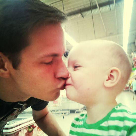 Kuss Kisses