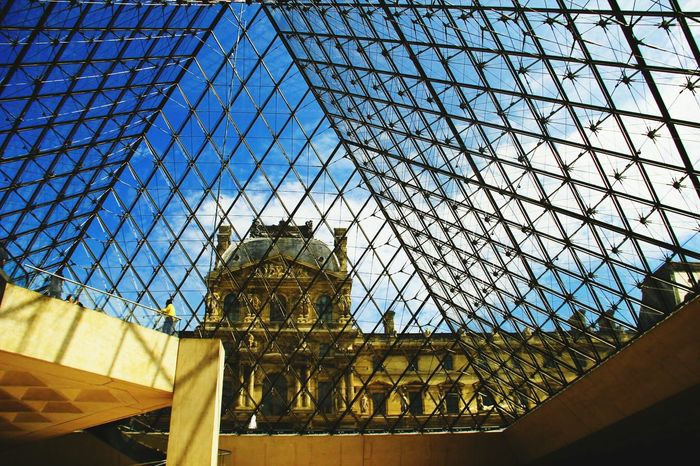 Feel The Journey Lourve LourveMuseum Shadows & Lights Lights And Shadows Architecture Architecturelovers Architecture Photography Change Your Perspective Seeing The Sights Wanderlust Capture The Moment EyeEm Best Shots Streetphoto_color Streetphotography Street Photography Travel Photography Travel From My Point Of View Urbanexploration Original Experiences Fine Art Photography Pivotal Ideas TakeoverContrast