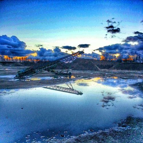 Grush åla Grustag Himmel Moln sky cloud vatten water winter vinter hejhalmstad 7dagarbilden internationalpictures halland sverige sweden kassakällor