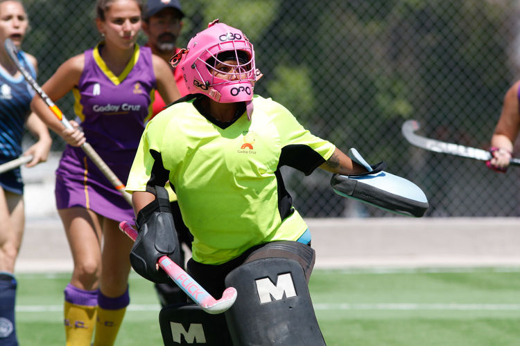 Sport Day Real People Focus On Foreground Leisure Activity Helmet Competition Playing People Lifestyles Clothing Outdoors Athlete Sports Clothing Hockey Cesped Hockey Portero Arquero Guardametas