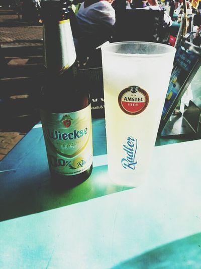 El tiempo de La Terazza me encanta un Radler Beer 0,0