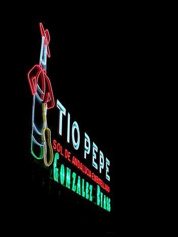 Neon Night Illuminated Puerta Del Sol Commercial Sign Symbol IPhone 6 Plus Photohgraphy📱📸 Madrid Spain
