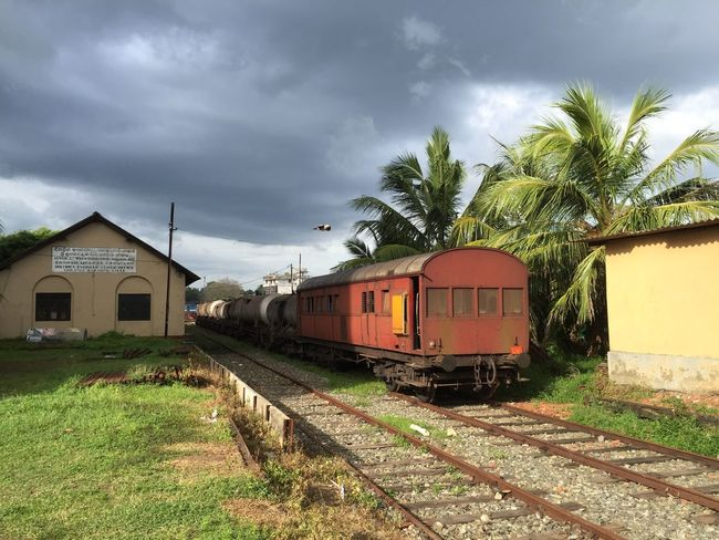 Sri Lank Sri Lanka Sri Lanka Travel Sri Lanka 🇱🇰 SriLanka Cloud - Sky Grey Sky Old Train Sri Lankan