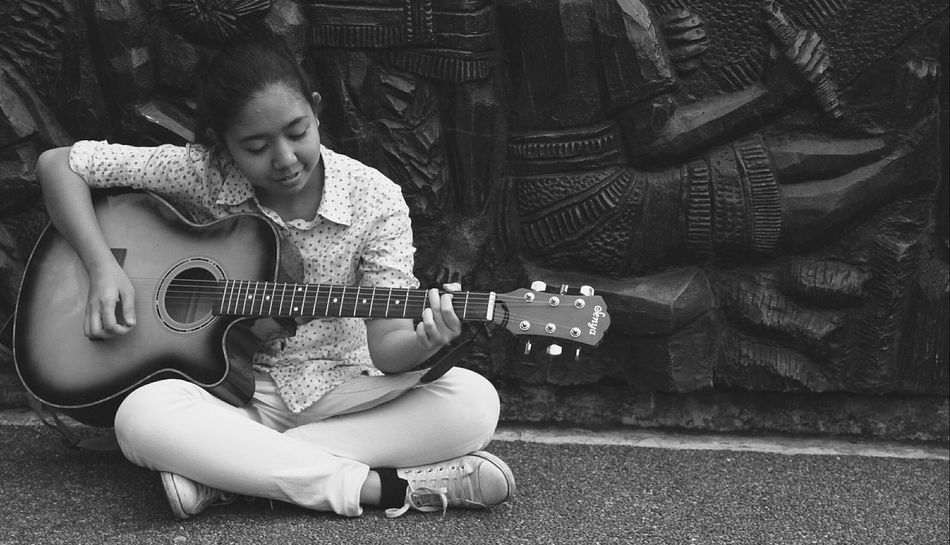 That's Me Enjoying Life Music Is My Life Blackandwhite Baguio City Playing Guitar Check This Out free time ☺