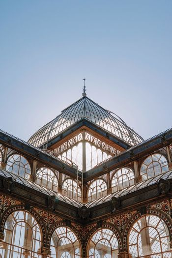 Built Structure Clear Sky Palacio De Cristal Madrid Madrid Spain Retiro Velázquez EyeEm Best Edits EyeEmBestPics EyeEm Best Shots The Week On EyeEm Architecture Angles And Views Angles And Lines Symmetry Symmetrical