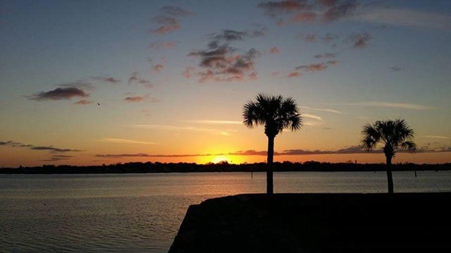 Castillodesanmarcos Staugustine Harbourside Harbour Cloudporn Epicsky Clouds Sunrise Picoftheday Florida Saltlife Saltlife_sunrise Fireinthesky