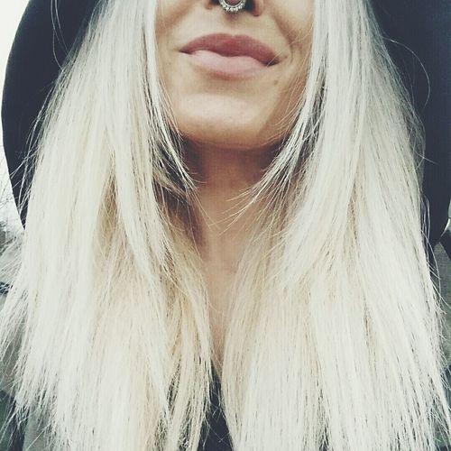 Blondie girl Blondiegirl Love Cheese! Enjoying Life Mystyle 70sOldSchoolSelfPortrait 70s 70sdress Septum Piercing Flowerpower Hippie Letyourhairdown Theportraitist - 2015 EyeEm Awards