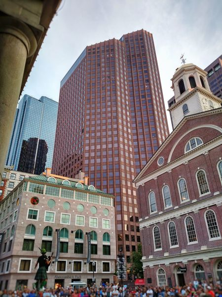 Boston Massachussets City Architecture Skyscraper Building Exterior Travel Destinations Built Structure Low Angle View Sky Façade No People Outdoors Day Irish Cityscape Built Structures Urban Skyline Downtown District Historical Building Architecture Show Historical Monuments Historical Place Historical Buildings