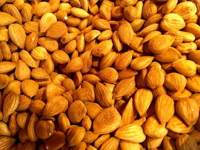 Almonds Seeds Healthy Eating Full Frame Food Backgrounds Food And Drink Close-up Snack No People Food Photography Healthy High Angle View Nut - Food Nut Healty Food Nutrition Seeds And Dry Fruits Color's Seeds Photography Healthy Lifestyle Gourmet Food Gourmet Food And Drink Nuts
