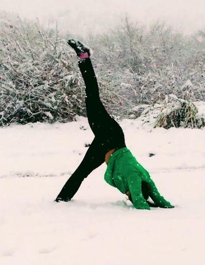 Frozen Yoga ॐ Yogagirl Yogainspiration Yogapractice Yogateacher EyeEm Eye4photography  EyeEm Nature Lover EyeEm Best Shots EyeEm Gallery Eye4photography  Patagonia EyeEm Vision EsquelChubut Belleza Absoluta Esquel, Chubut, Argentina Blanco Nieve ;) Friooo❄⛄ Eyem Gallery Frio ⛄❄ Nieve😊 Bajo Cero EyeEmNewHere