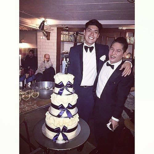 THE GROOMS & THEIR CAKE JPxSH Gaymarriage LDRNoMore GotHitched GAYmazing Regram @maixdelfin