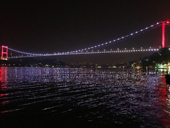 Night Illuminated Connection Bridge - Man Made Structure Suspension Bridge River Architecture Water Built Structure Travel Destinations Travel Outdoors No People Sky City Chain Bridge Nature Coffee ☕ Coffee Time Pro Baysakal Emrebaba Kızıltüy City Sea Kocaman olmuş bu bebekler..🤔😆