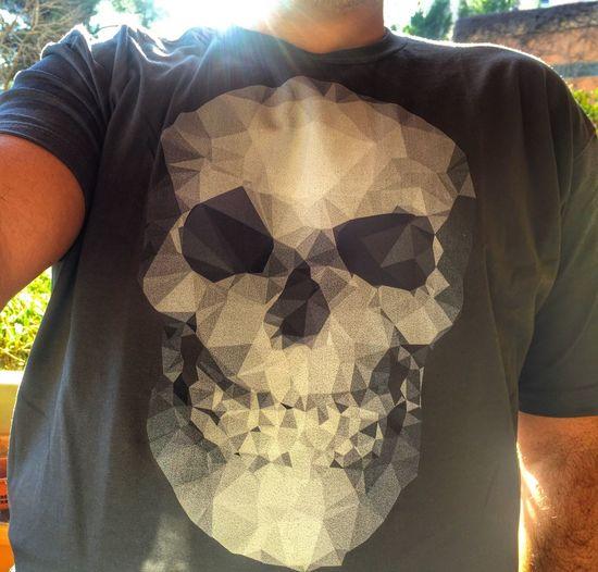 Sometimes i design T-shirts sometimes i wear one of them T-shirt Tshirt Tshirts Tshirt♡ Tshirtoftheday Tshirtcollection Tshirtporn Tshirtmaniac T-shirt Of The Day Skull Skulls find it : http://www.designbyhumans.com/shop/t-shirt/men/skull-polygons/588138/