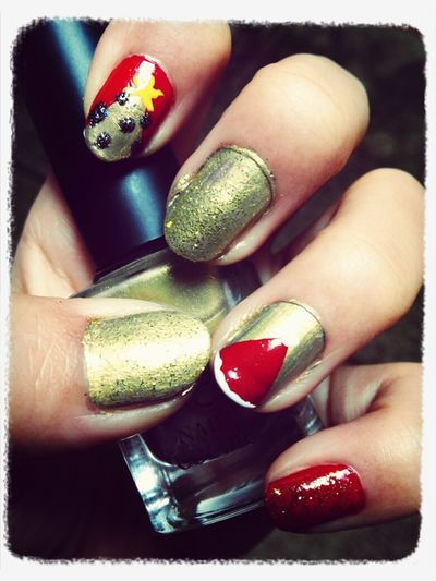Christmas nail♡♡♡♡support by Daddy Nails <3 Self Nail Merry Christmas! Happy Holidays!