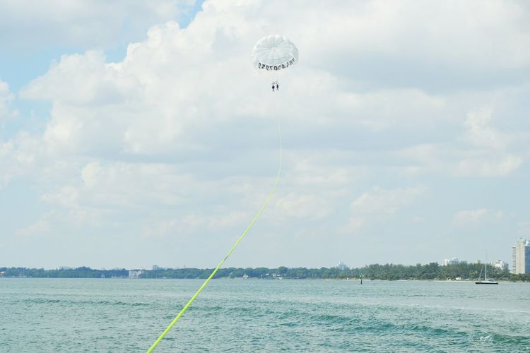 Livefreeflyhigh Parasailing Miami FL Usa 🇺🇸☀️ That's Me Hello World Bebrave  Enjoying Life