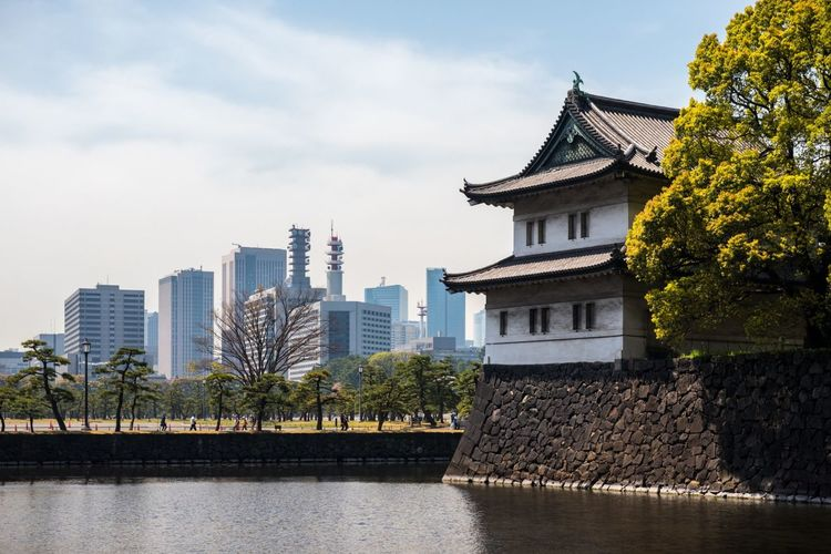 Imperial Palace Tokyo Imperial Palace Tokyo Japan Nippon 日本 東京 Architecture Building Exterior History Sky Skyscraper Urban Skyline Cityscape Travel Destinations Japanese Culture Japan Photography Japanese  Traditional Japanese... Emperor Akihito Imperial Imperial Japan