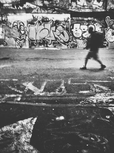 """Art is an evolutionary act. The shape of art and its role in society is constantly changing. At no point is art static. There are no rules."" - Raymond Salvatore Harmon Andrographer Blackandwhite Streetart Peoplewalkingpastwalls"