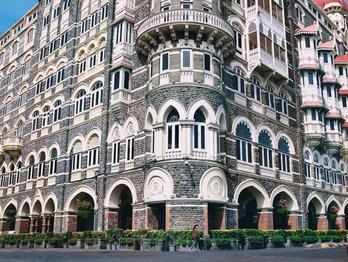 Taj hotel, Mumbai Strideby