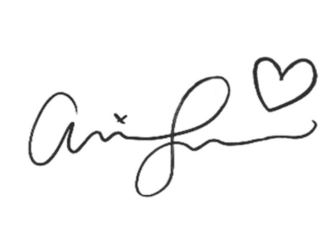 La firma di Ariana Grande!!!!!!!