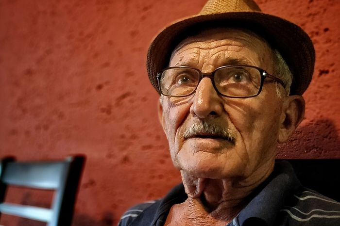 Hat EyeEm Selects Looking At Camera Thoughtful Only Senior Men Senior Men Retirement 70-79 Years 65-69 Years 80-89 Years Retirement Community One Senior Man Only Grandfather Introspection Thinking Eyewear
