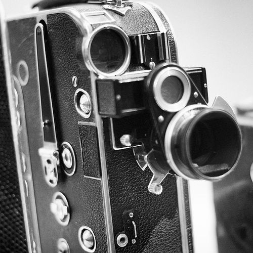 Antique Old Camera . in the Foto and film exhibition. at the DeutchesMuseum museum. Taken by MY SonyAlpha Dslr A57 . münchen Munich bayarn Bavaria Germany Deutschland. متحف قسم كاميرا تصوير ميونخ المانيا بافاريا