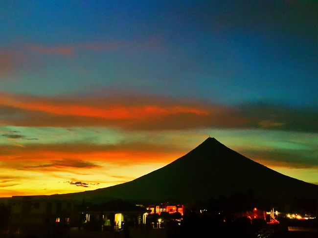 Showcase July Albay Sunset Mayon Mt. Mayon Volcano Island Life Philippines Sunset Silhouettes Original Experiences Taking Photos Feel The Journey Enjoying Life Hanging Out Check This Out Relaxing 43 Golden Moments