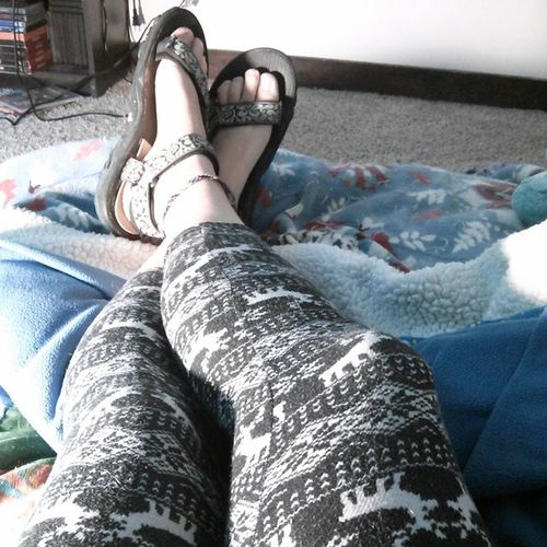 The one thing I love about my shithole of a condo is that it is naturally cool and I can wear my leggings and not be hot. The one thing I hate about myself is that I can no longer go barefoot when home because of being 5mm lopsided. I have to wear my sandals or my right leg/hip will start to hurt like hell. Annoying Ilovemyleggings Lopsided Myhipiskillingme footselfie